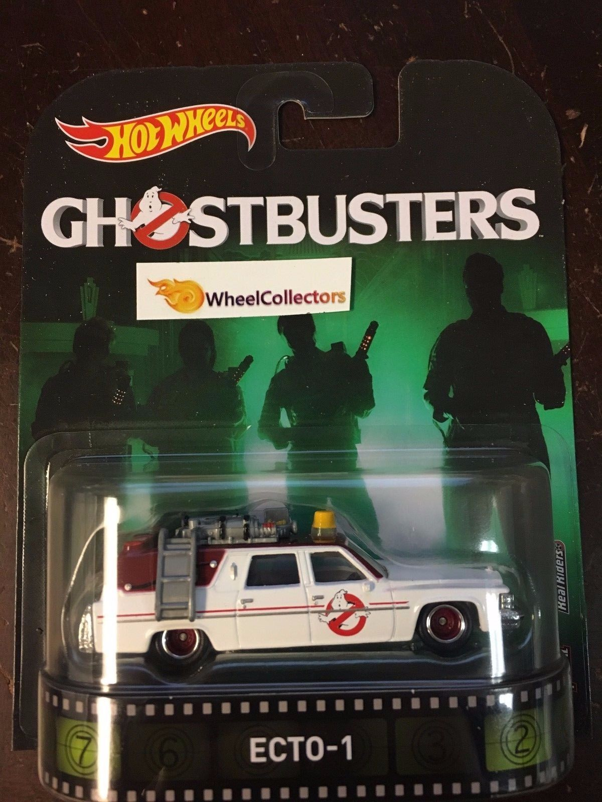 YOU GET A PAIR 2016 HOT WHEELS GHOSTBUSTERS ECTO-1 WALMART EXCLUSIVE